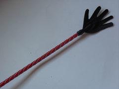 Стек плетеный (короткий), наконечник Ладошка красный лак